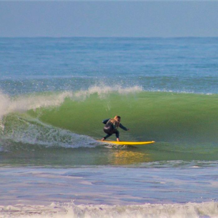 Monitora de surf y SUP en San Vicente de la Barquera – Ainhoa Varela