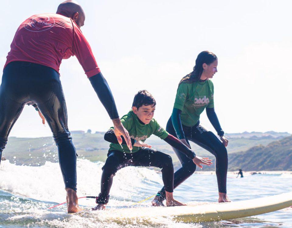Profesor en clase del surfcamp