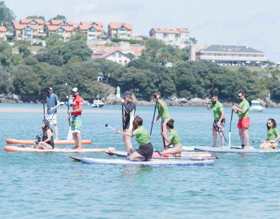 Clase de SUP Olas en San Vicente de la Barquera